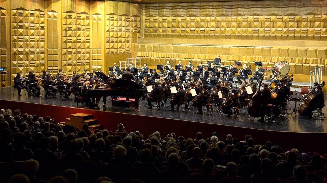 """Roberto Cappello e l'Orchestra del Conservatorio""""Boito"""" di Parma"""